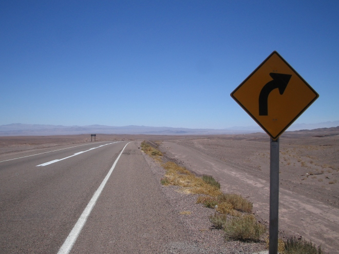 atacama-desert-road-sign-1378837