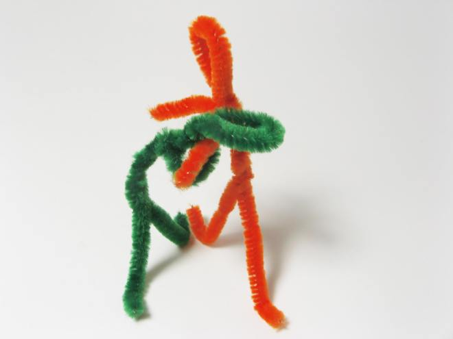 pipe-cleaner-people-1177040.jpg
