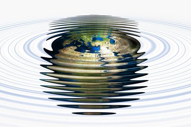 water-waves-2091856_1920.jpg