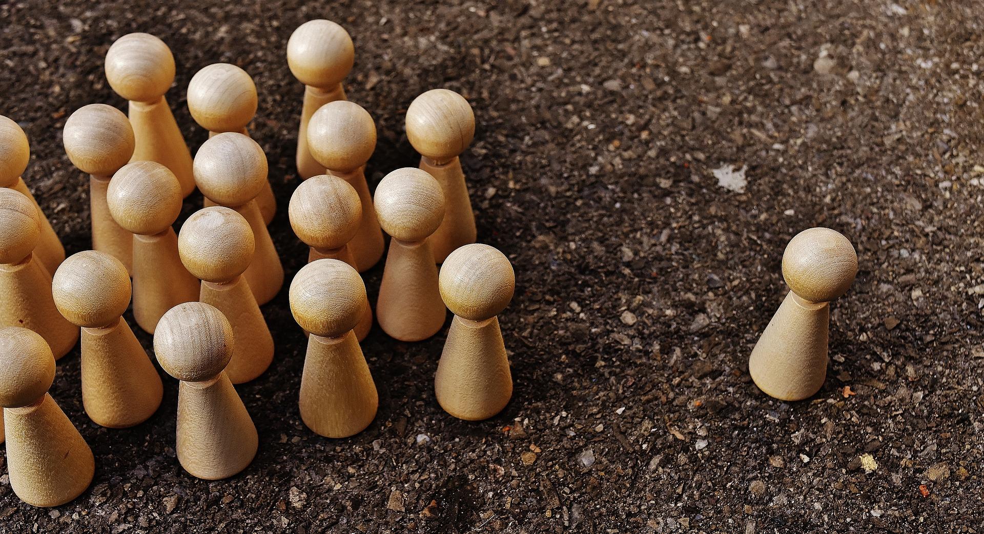 one-against-all-1744083_1920.jpg