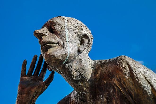 sculpture-3365574_1920.jpg