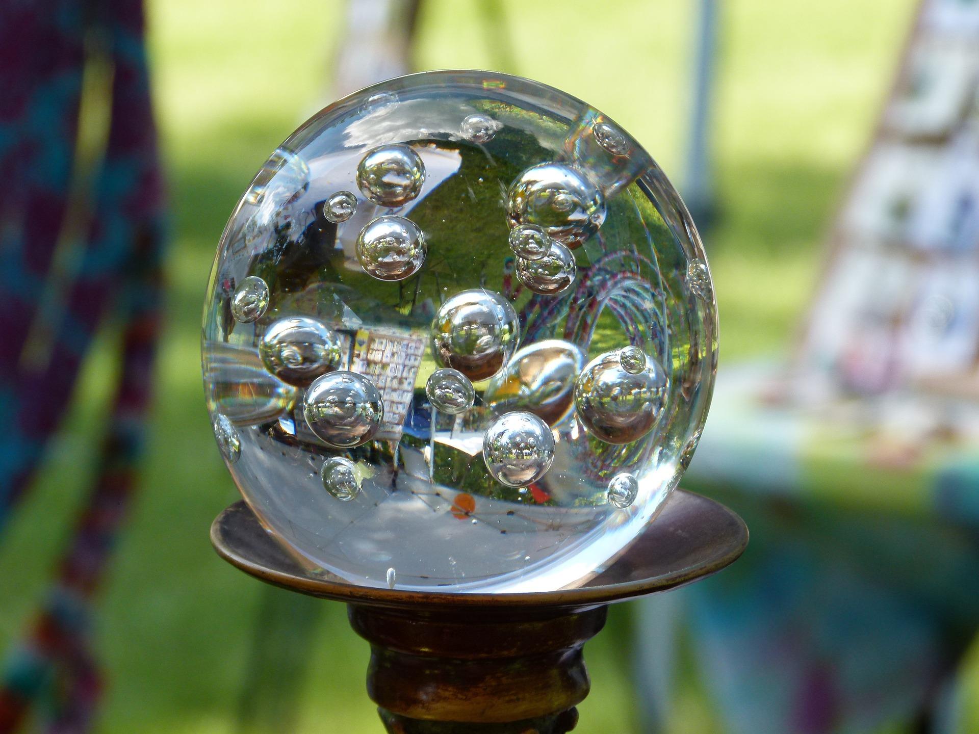 glass-2439542_1920