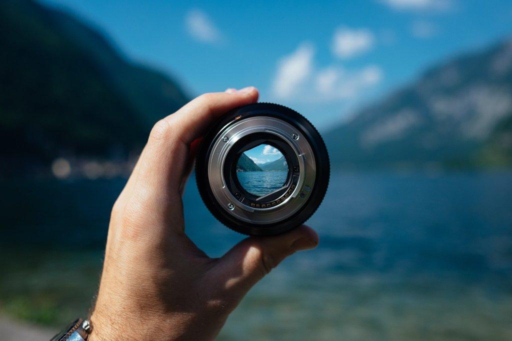 在埋怨疫情打亂了我們的生活作息時,有否想到這其實是個很好的時機去作出轉變?聚焦不一定是減少或取消已有的事工,當發現有新需要,或舊有方法可能行不通,便要創新,找尋新方法及新內容。現在是最合適的時候去檢視一番,今天不變,更待何時!